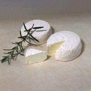 Сир козячий молодий